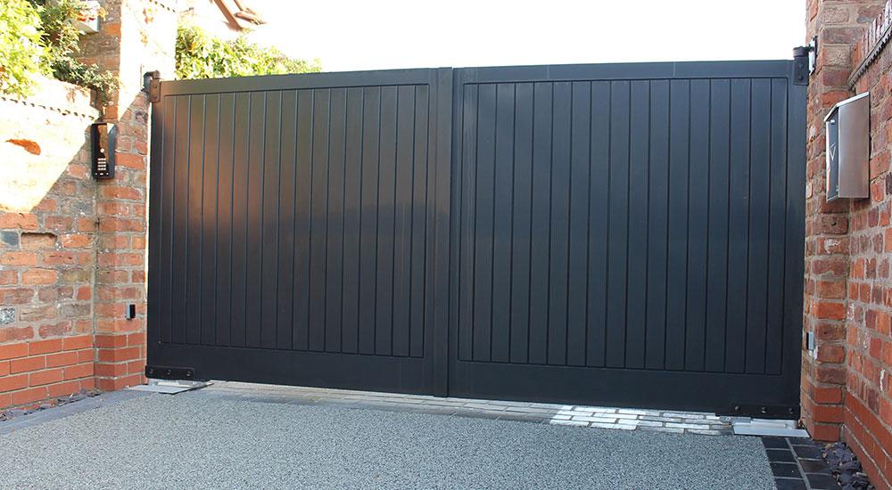 Dark Private Gate
